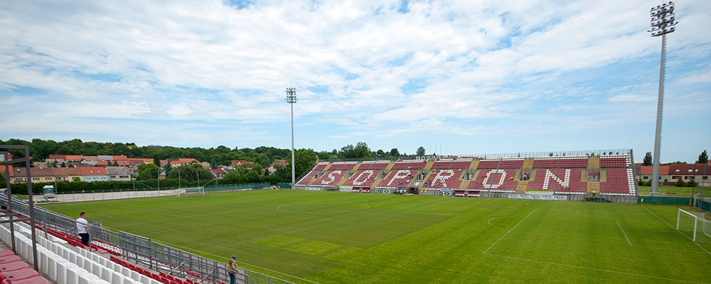 Sopron - Dunaujvaros PASE FC, NB II Playoff,  Ungarn, 15.06.2013 Sopron,Vasori Stadion